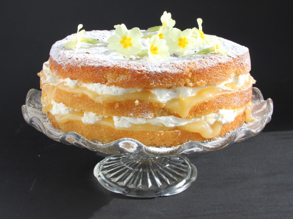 Anna May everyday lemon cake
