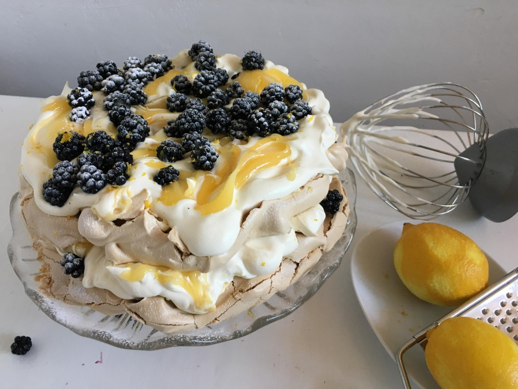 Blackberry and Lemon meringue 3