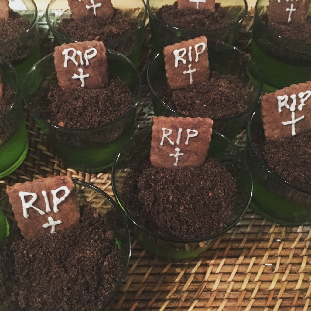Graveyard puddings