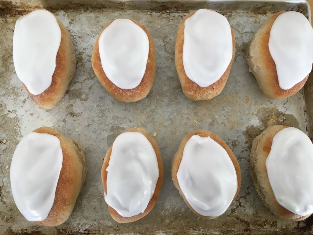 iced buns 3